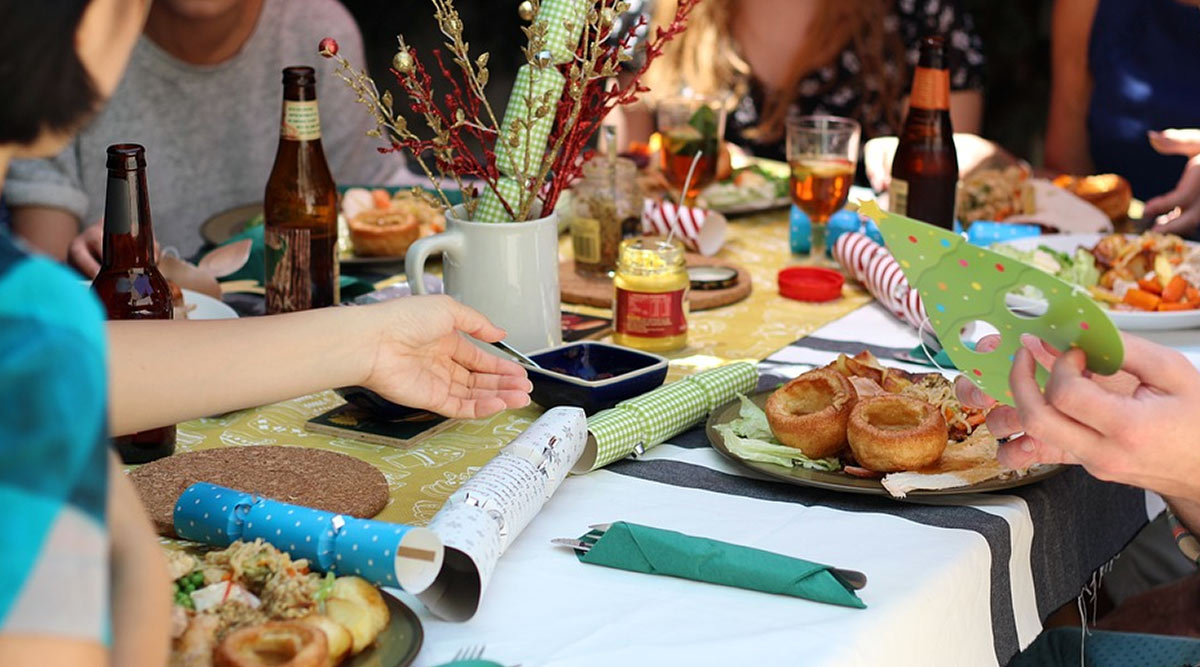 Host a Perfect New Year 2020 Party Night by Playing These Indoor Games