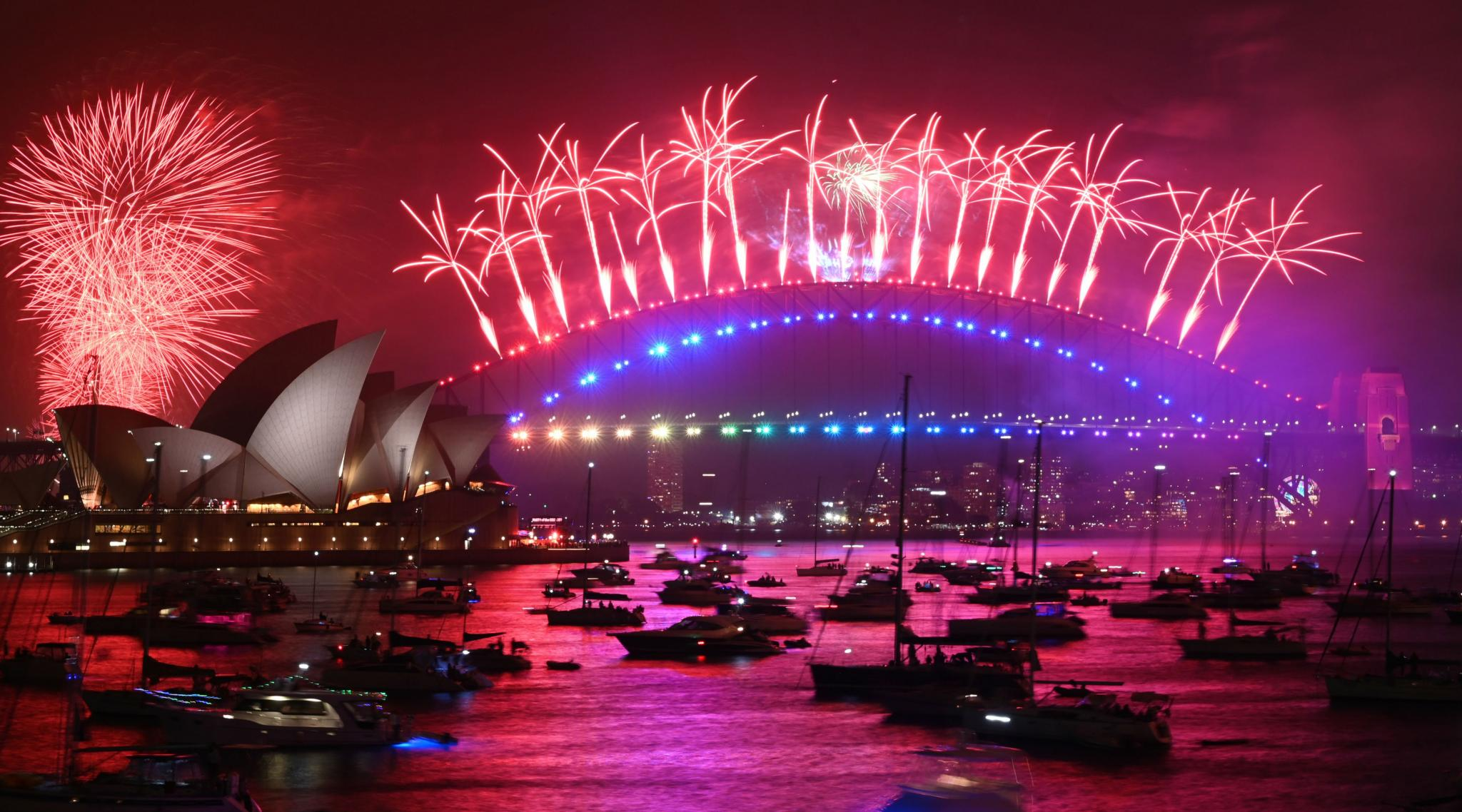 Australia Rings in New Year with Glittering Fireworks at ...