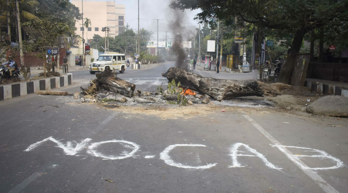 CAB Protest: Assam Remains on The Edge, Two Protesters Dead, Mobile Internet Ban Extended For 48 Hours