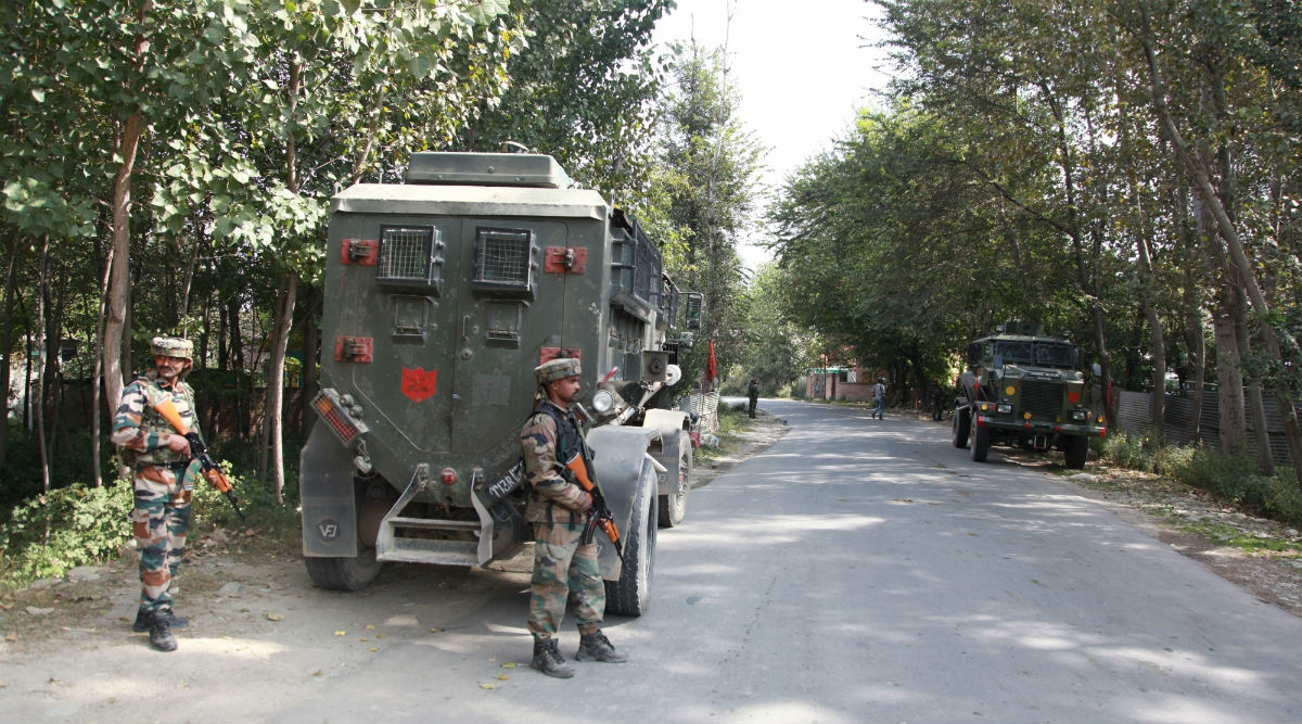 Jammu & Kashmir Police Bust Jaish Module, Arrest Two Terrorists in Srinagar Who Were 'Planning Major Attack on Republic Day 2020'
