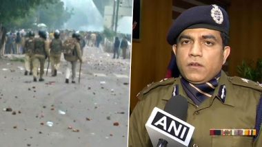 CAA Protests in Seelampur: No Lathicharge or Bullet Fired by Delhi Police, But Tear Gas Shells Used, Says JCP Alok Kumar