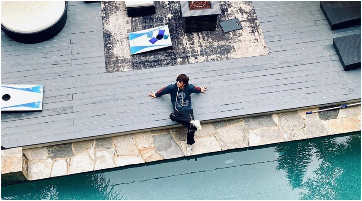 Shah Rukh Khan is Living Life King Size at His LA Vacation and These Drool-Worthy Stylish Pics Are Unmissable!