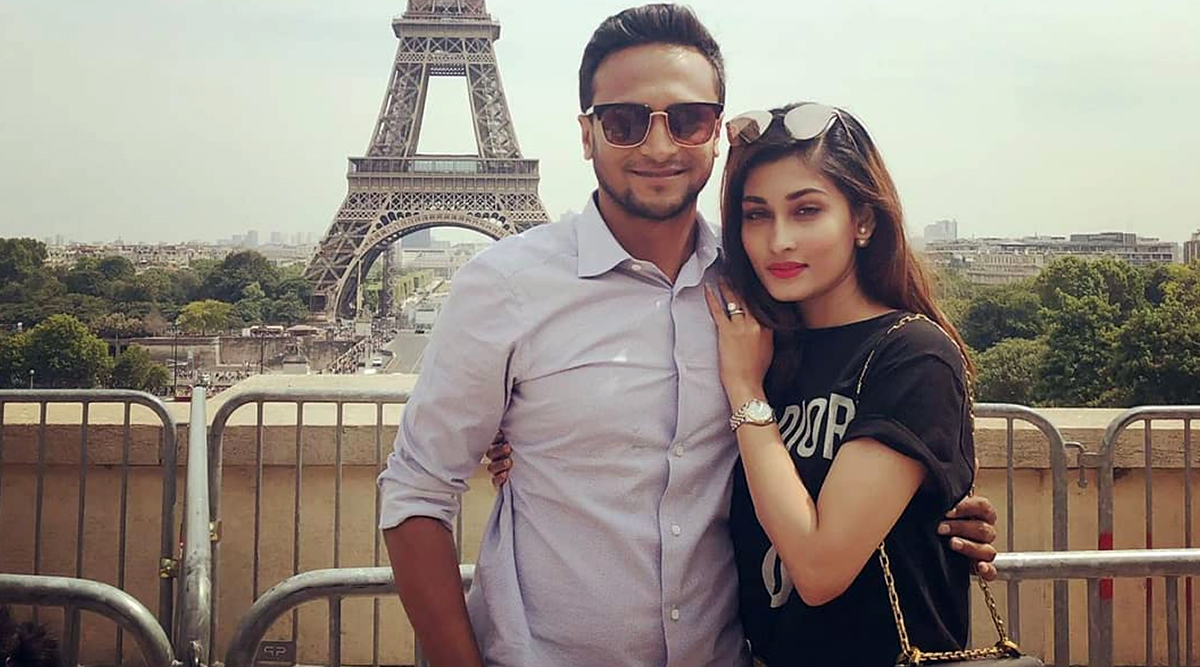 Shakib Al Hasan-Umme Ahmed Shishir's 7th Wedding Anniversary: Couple's Photo in Romantic Pose in Front of Eiffel Tower Will Melt Your Heart