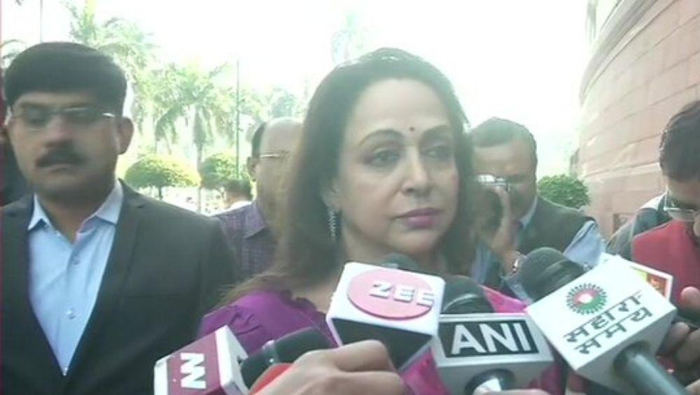 Hyderabad Vet Rape & Murder Case: Hema Malini Says 'Rapists Should Be Kept in Jail Permanently'