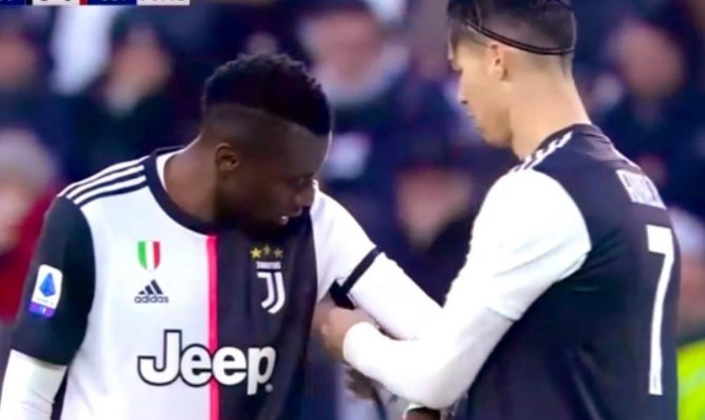 Cristiano Ronaldo Passes Captaincy Armband to Blaise Matuidi During Juventus vs Udinese, Serie A 2019-20; Impresses Netizens (Watch Video)