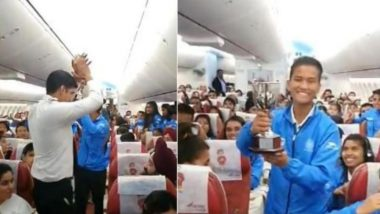 India Junior Women's Hockey Team Given a Warm Welcome by Fans on Flight After They Win 3-Nation Series (Watch Video)