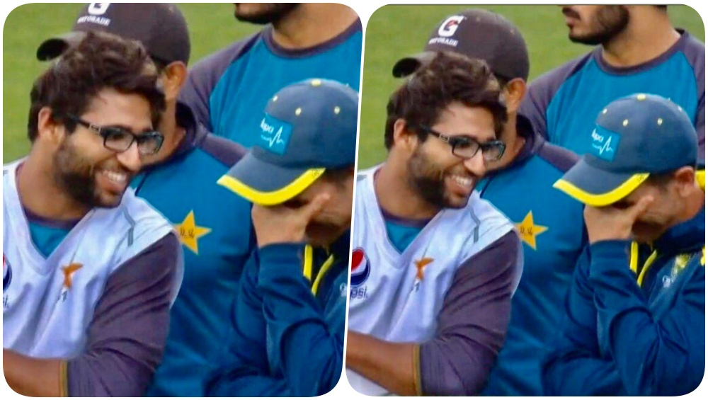 Imam-Ul-Haq's Laughing Picture With Justin Langer Invites Trolls, Jason Gillespie Shields the Pakistani Cricketer