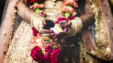 Wedding Season 2019–20 Special: Hindu Marriage Ceremony Rituals, Traditions and 7 Vows Taken During 'Saat Phere' Explained