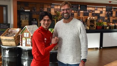 Takumi Minamino Given a Warm Welcome by Liverpool Teammates, Japanese Player Meets his Manger Jurgen Kloop (Watch Video)