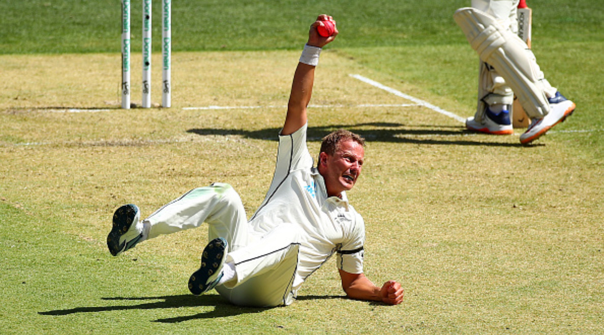 Neil Wagner Catch Video: Pacer Takes One-Handed Stunner During Australia vs New Zealand 1st Test 2019 Day 1 at Perth
