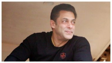 Salman Khan Gets Angry and Snatches Phone From a Fan At Mumbai Airport (Watch Viral Video)