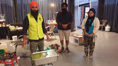 Bushfires in Australia: Sikh Volunteers Offer Free Meals to People Affected by Raging Fires, Say 'It's Our Duty'