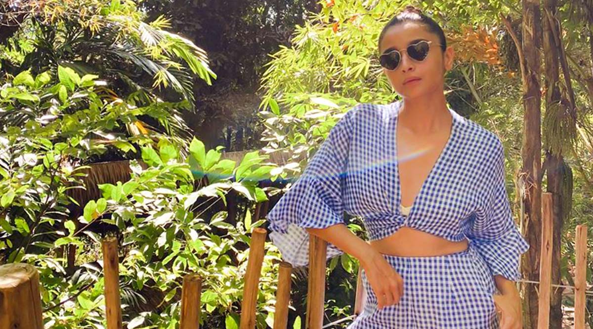 Alia Bhatt Sets Fashion Goals By Sharing Her Off-Season Chic Look (View Pic)