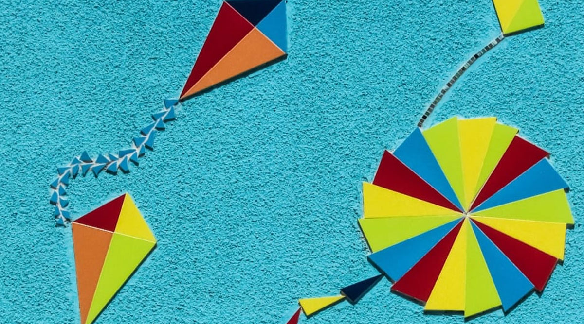 Makar Sankranti 2020: Easy Ways to Make Kites or Patang at Home to Fly On The Harvest Festival; Check Out DIY Videos