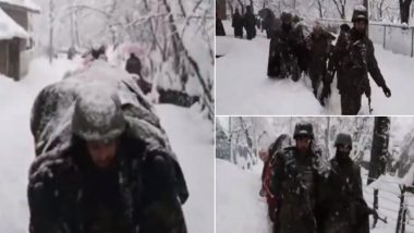 Indian Army Personnel of Chinar Corps Walk Through Heavy Snow to Evacuate Critically Ill 75-Year-Old Man And Take Him to Hospital in Jammu and Kashmir (Watch Video)