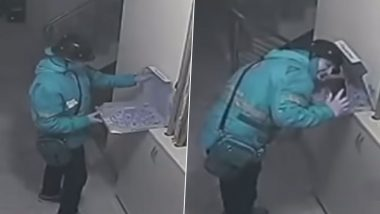 Pizza Delivery Boy Spits on Food Before Delivery in Turkey, Faces 18 Years of Jail (Watch Video)
