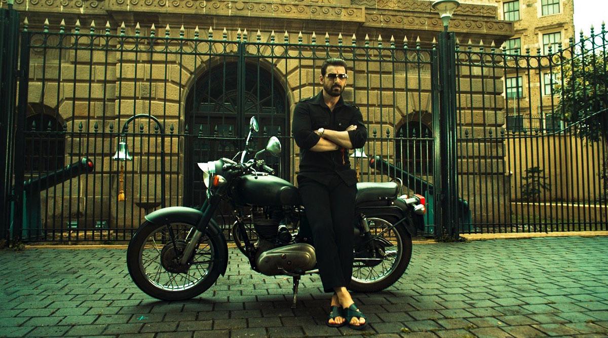 Mumbai Saga: John Abraham's Peshawari Chappals Evident From His New Look are Sourced from Dubai