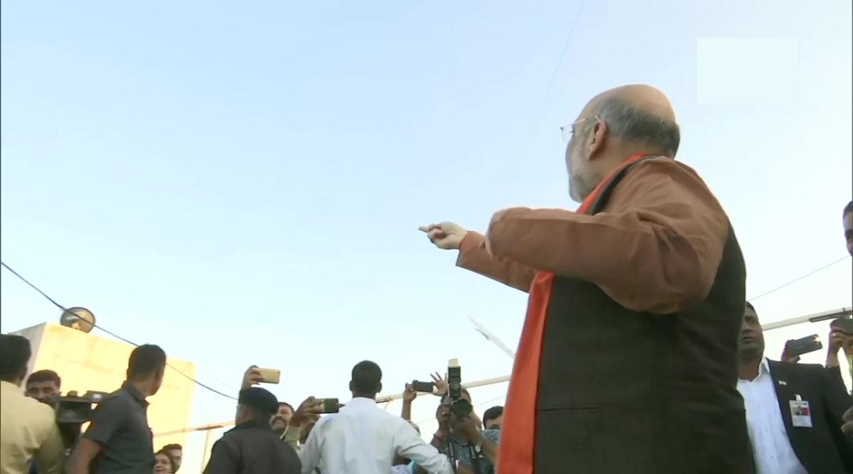 Amit Shah Attends Uttarayan Event in Ahmedabad, Flies Kite; Watch Video