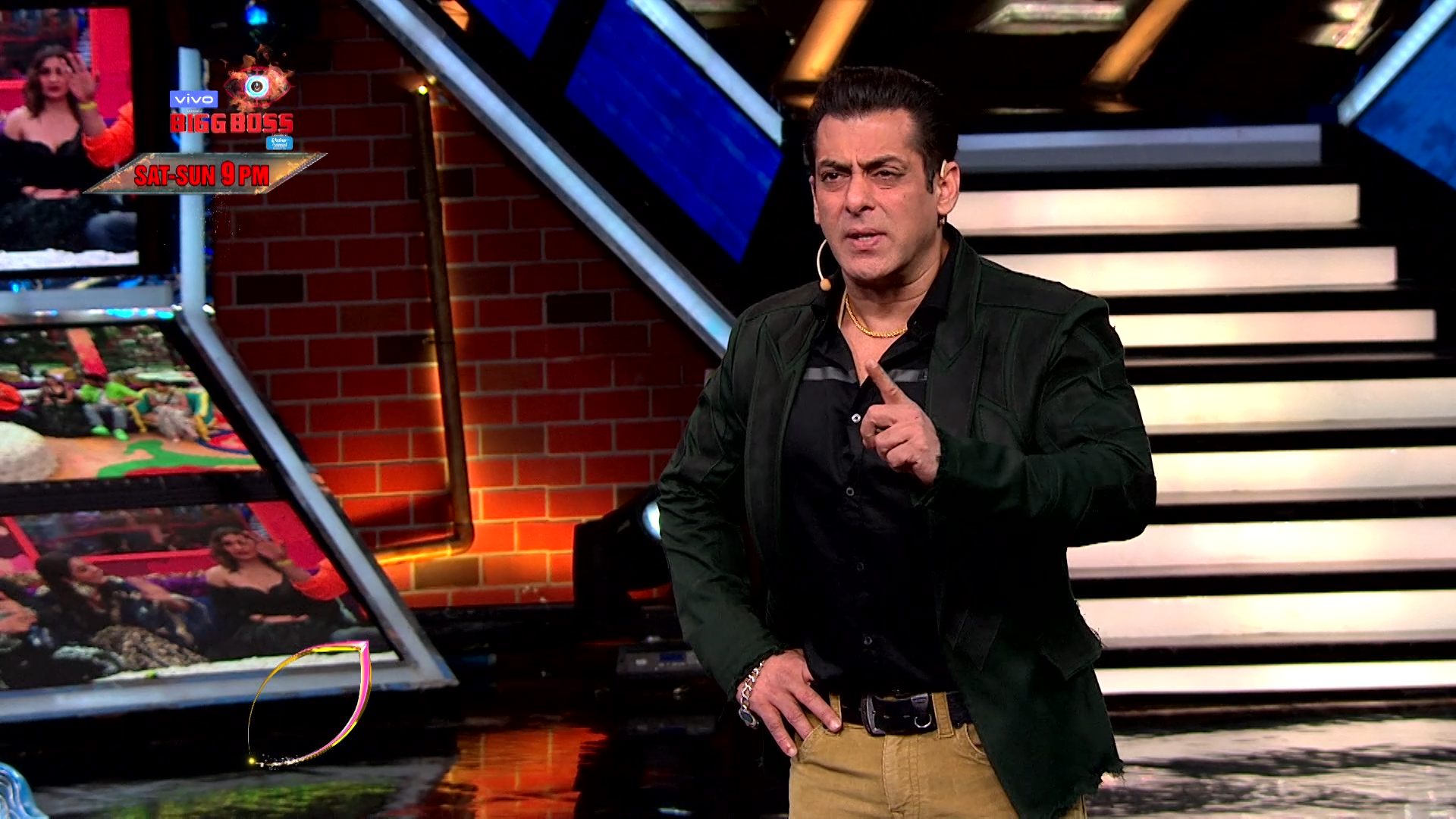 Bigg Boss 13 WKV Sneak Peek 02|25 Jan 2020: Salman Throws Sidharth & Asim Out Of The House?