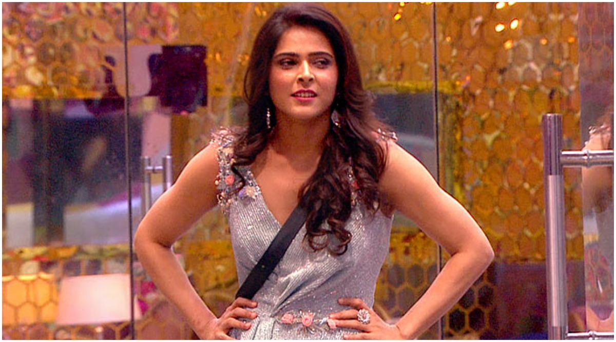 Bigg Boss 13 Elimination: Madhurima Tuli Gets Evicted from Salman Khan's Reality TV Show