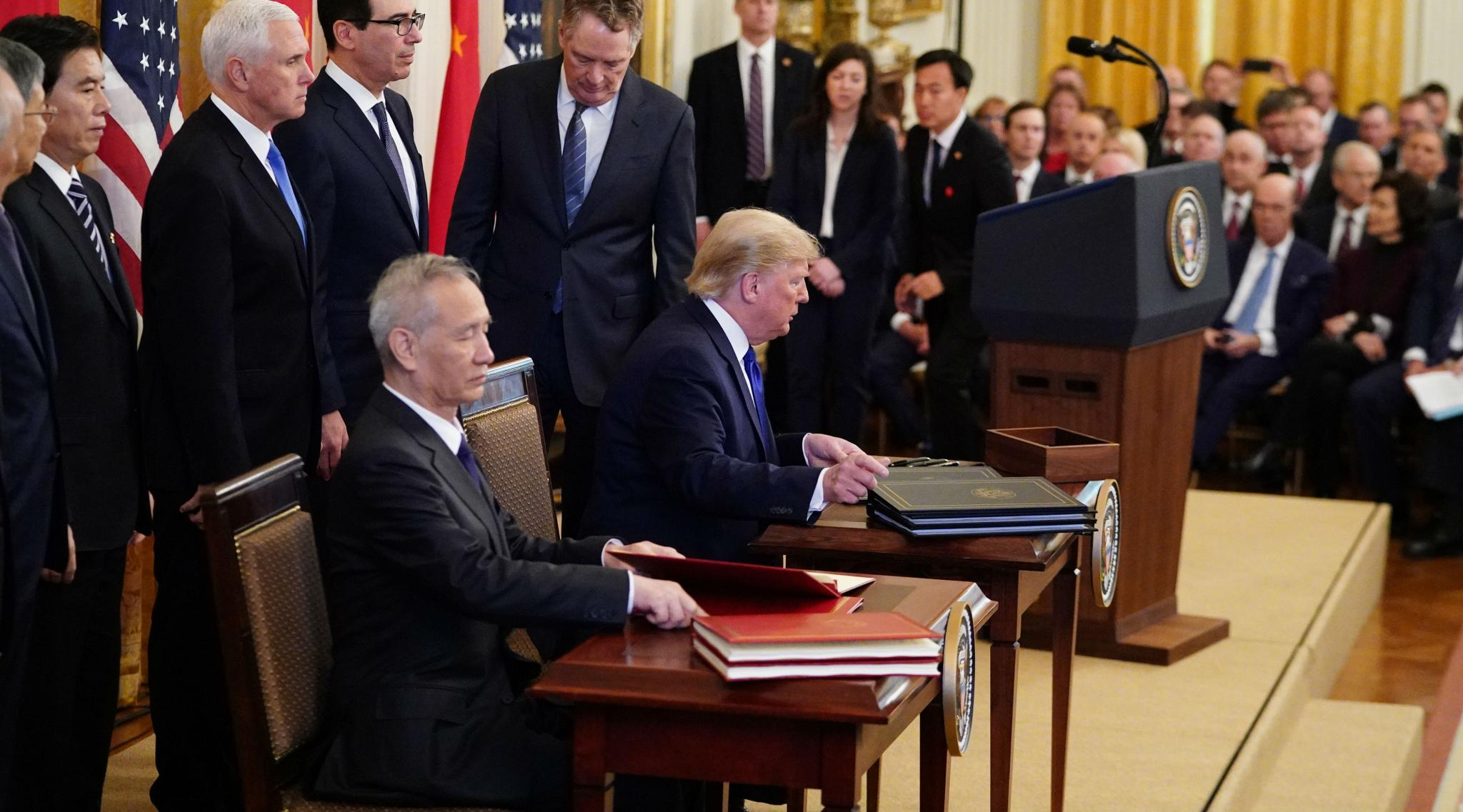US-China Trade Deal: Donald Trump, Chinese Vice Premier Liu He Sign 'Phase One' of Deal