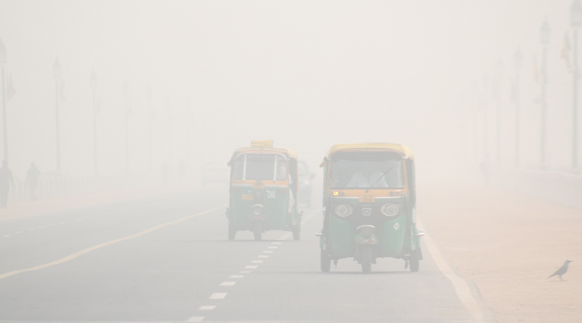 Dense Fog Continues to Engulf Delhi and Parts of North India, Air, Train and Road Traffic Affected