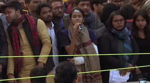 JNU Violence: 'Don't Forget Kashmir', Says JNUSU Chief Aishe Ghosh While Appealing Students to Raise Voice For Saving Constitution