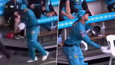 James Pattinson Takes a Catch With Batting Gloves on During Melbourne Renegades vs Brisbane Heat Clash in BBL 2019–20 (Watch Video)