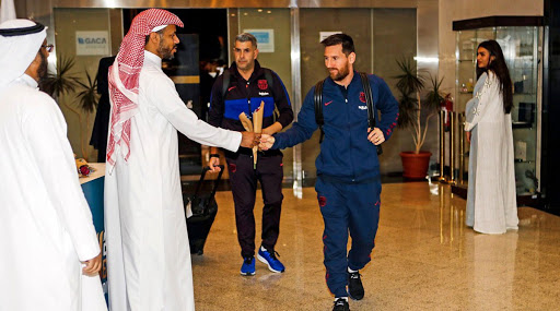 Lionel Messi and FC Barcelona Touchdown in Jeddah Ahead of the Supercopa de Espana 2019-20 Clash With Atletico Madrid (See Pics)