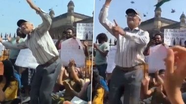Old Man Dances on 'Azadi' Slogan at Gateway of India During Mumbai Protest Against JNU Violence, People Laud The 'Spirit of Mumbai' As Video Goes Viral