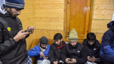 Jammu & Kashmir Govt Extends Ban on 3G, 4G Speed Mobile Internet Till December 11; Ganderbal and Udhampur Exempted