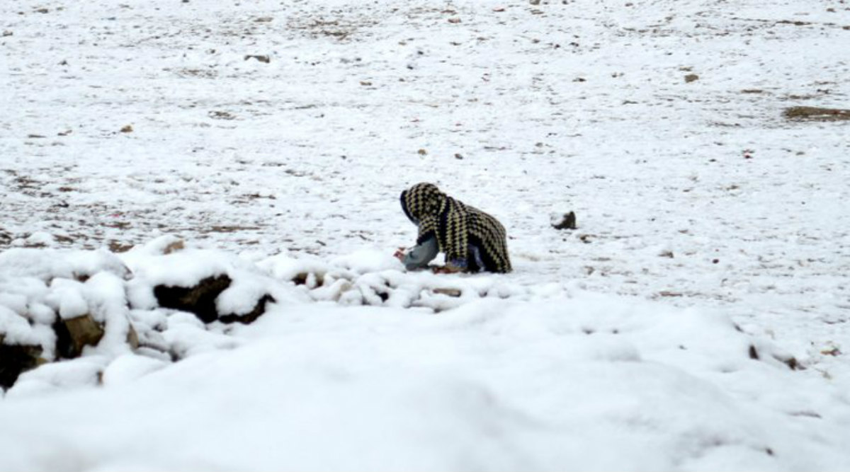 Heavy Snowfall, Rain and Flash Floods in Pakistan, Killed 30