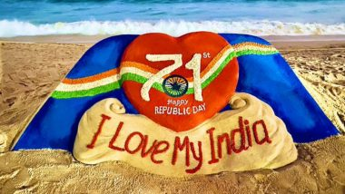 Republic Day 2020: Sudarsan Pattnaik Creates Sand Art Wishing on the National Festival, Twitterati Share Wishes And Messages