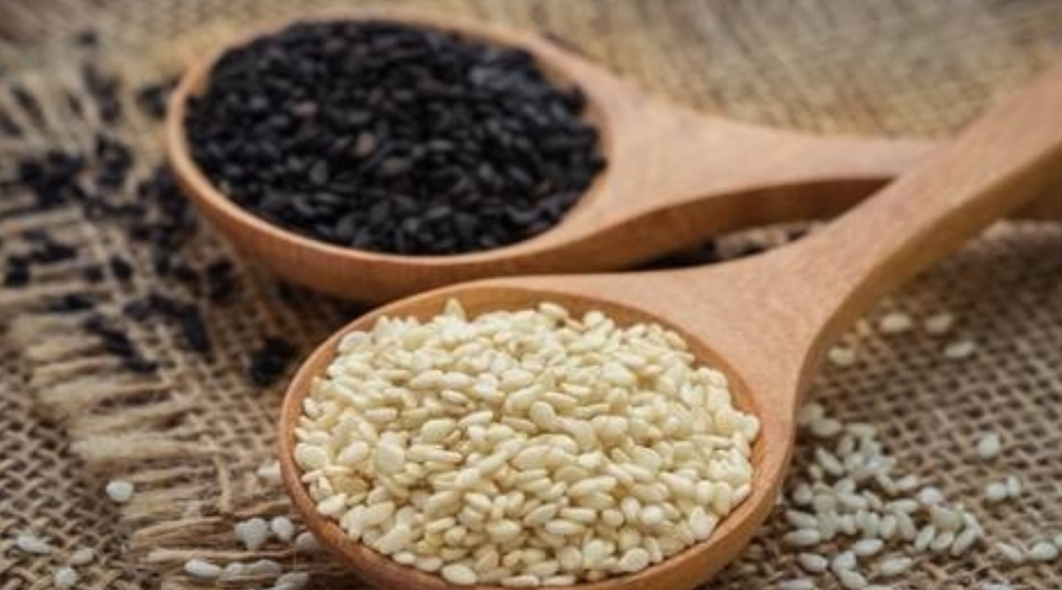 Makar Sankranti and Til: What Is the Difference Between White and Black Sesame Seeds? Everything You Need To Know About Their Taste, Use and Nutritional Value