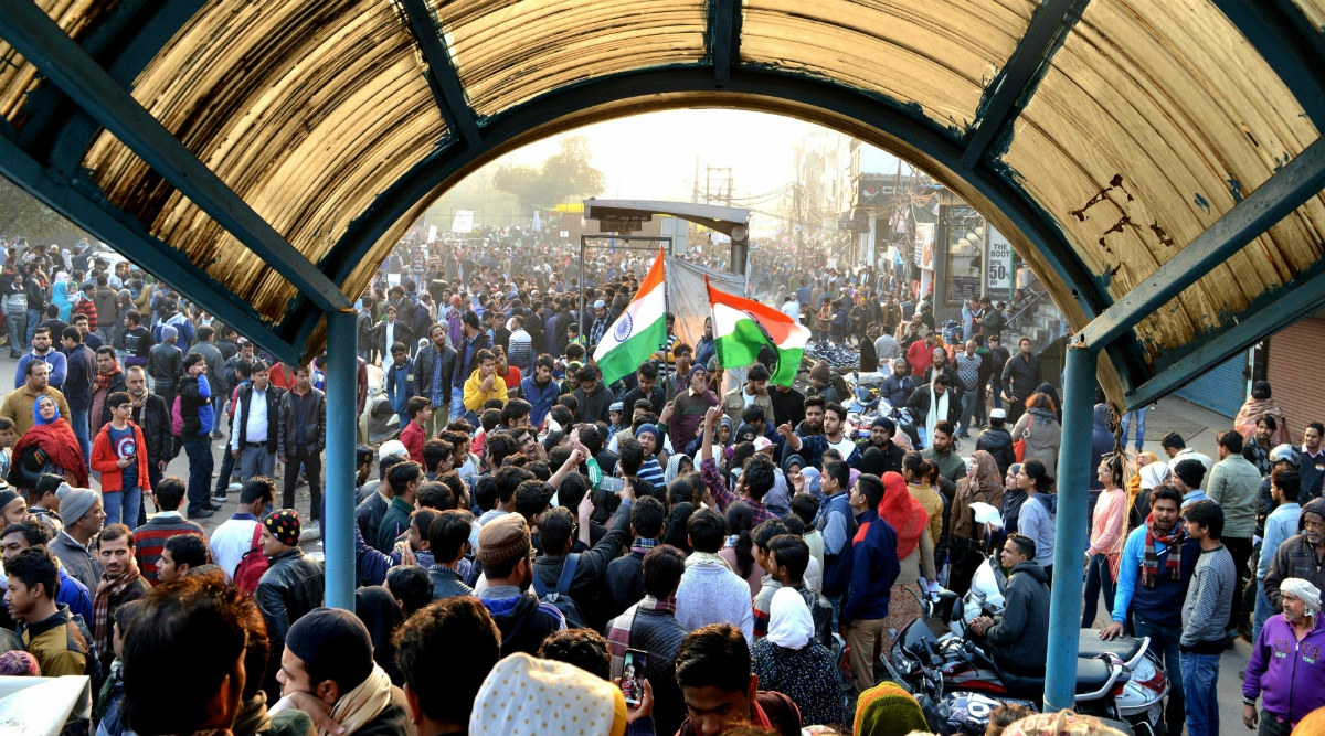 Shaheen Bagh Protests: Supreme Court Issues Notice to Centre and Delhi Police, Says 'People Can Protest But Public Road Cannot Be Blocked for Indefinite Period'