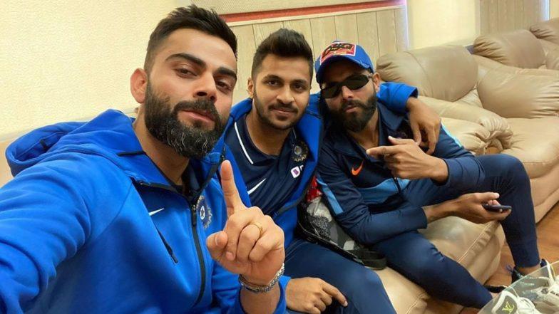 Virat Kohli Posts 'Mandatory' Selfie With Shardul Thakur and Ravindra Jadeja Ahead of India vs Sri Lanka 3rd T20I 2020 in Pune