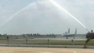 IAF SU-30MKI Fighter Aircraft Gets Water Salute at Induction of 222 'Tigersharks' Fighter Squadron at Thanjavur Air Base; Watch Video