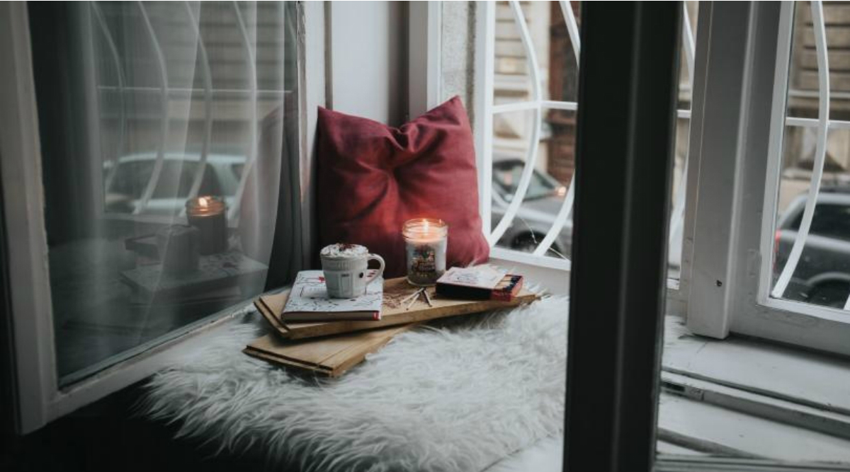 Winter Decor Tips: From Colours to Lighting, Here's How You Can Give Your Home a Complete Winter Revamp