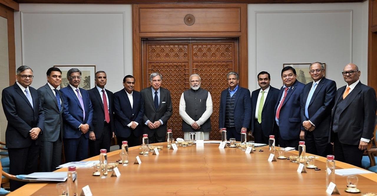 PM Narendra Modi Meets Top Businessmen Including Heads of Tata Group, Reliance Industries, Mahindra & Mahindra Ahead of Budget 2020