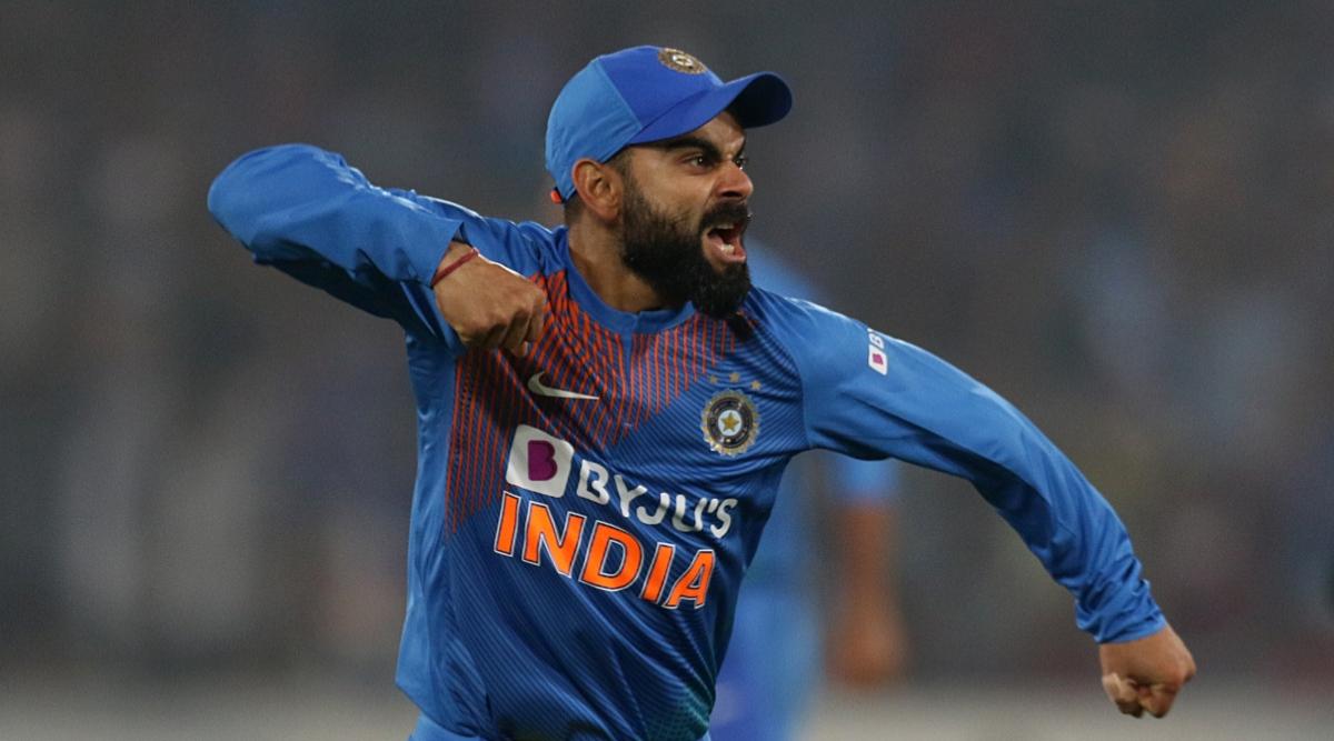 Virat Kohli's Hilarious Banter With Umpire Shamshuddin During IND vs AUS 1st ODI 2020 Makes Fans Go ROFL!