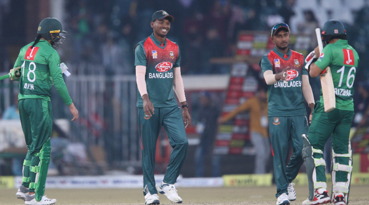 PAK vs BAN 3rd T20I 2020 Live Streaming Online: Get Free Telecast Details of Pakistan vs Bangladesh on Gazi TV, PTV Sports With Match Timing in India