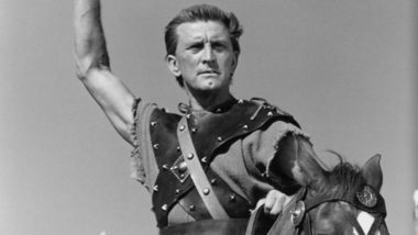 Bruce Campbell, William Shatner and Other Hollywood Stars Pay Tribute to Kirk Douglas (Read Tweets)