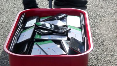 German Artist Reportedly Hacked Google Maps With 99 Smartphones To Create Virtual Traffic Jams on The Streets Of Berlin