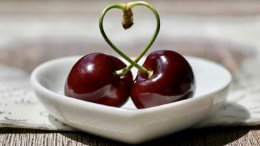Valentine's Day 2020: From Strawberry to Cherry, Here Are 5 Romantic Fruits Which You Must Eat With Your Partner to Get in The Mood for Love