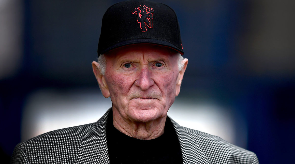 Harry Gregg, Former Manchester United Goalkeeper and 'Hero of Munich' Passes Away at Age 87