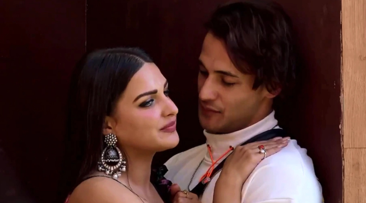 Bigg Boss 13 Runner Up, Asim Riaz Publicly Proclaims That He Is in a Relationship With Himanshi Khurana (Deets Inside)