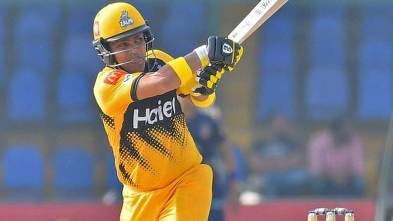 Kamran Akmal's Scintillating Century Guides Peshawar Zalmi to Victory Over Quetta Gladiators in PSL 2020, Twitterati Go Berserk After Wicket-Keeper's Carnage in PSL 2020