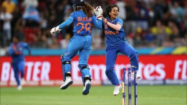 Poonam Yadav's Four-Wicket Haul Helps India Get Off to a Winning Start in the ICC Women's T20 World Cup 2020, Twitterati Hail the Indian Leg-Spinner