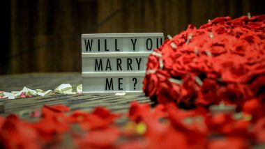 Propose Day 2020 Unique Ideas: Non-Cliché Ways to Pop the Question in This Valentine Week That Would Get a Definite 'Yes'
