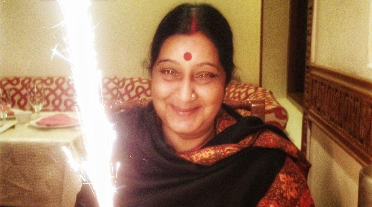 Sushma Swaraj 68th Birth Anniversary: Husband Swaraj Kaushal, PM Narendra Modi, Amit Shah & Other Leaders Pay Tribute to Former External Affairs Minister
